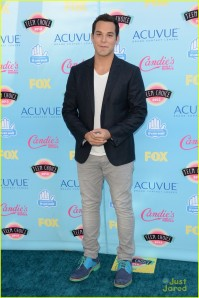 skylar-astin-anna-camp-teen-choice-awards-18