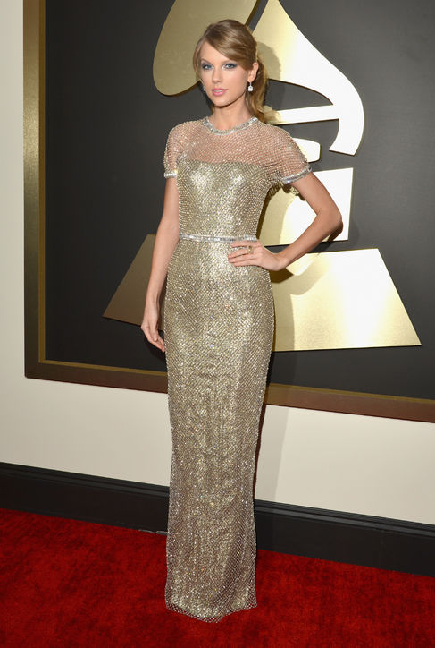 taylor-swift-gucci-grammys-red-carpet-best-dressed-h724