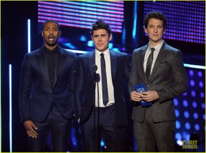 zac-efron-michael-b-jordan-peoples-choice-awards-2014-03
