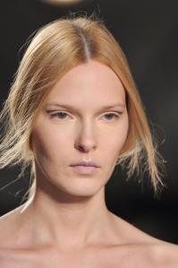 020814sally-lapointe-beauty-autumn-fall-winter-2014-nyfw8