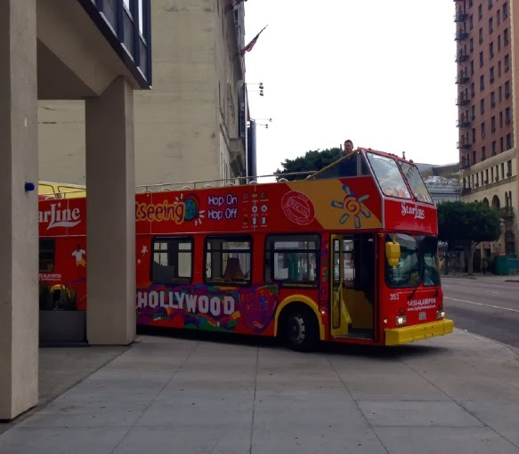 HollywoodTour_bus