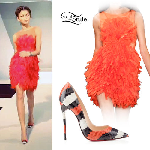 zendaya-red-feathery-dress