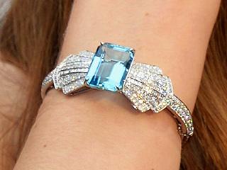 jessica-biel-bracelet2