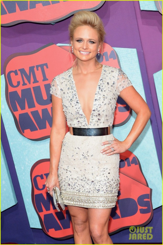 2014 CMT Music Awards - Arrivals