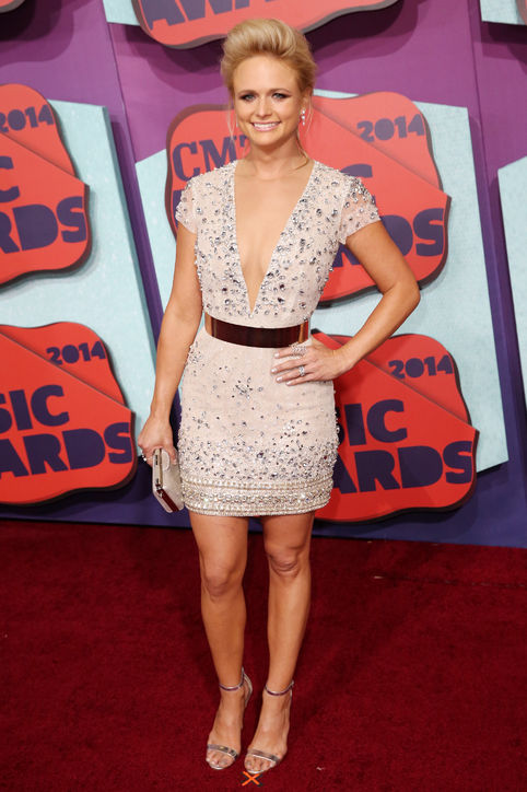 miranda-lambert-dress-cmt-music-awards-2014-h724