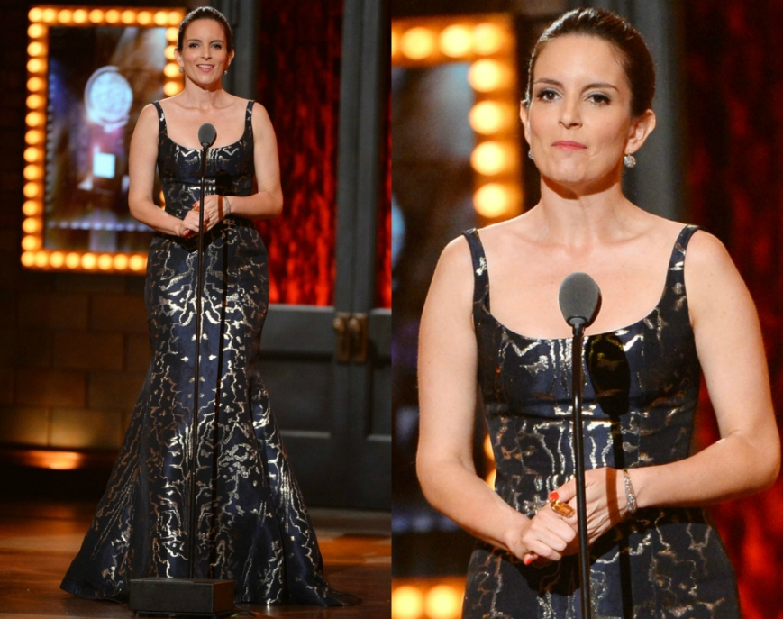 Tina-Fey-Oscar-de-la-Renta-2014-Tony-Awards