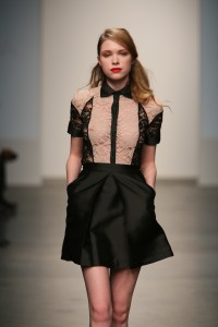 katty-xiomara-nolcha-fashion-week-doost-lace-skirt